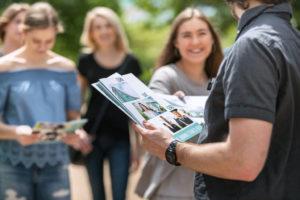 Wie Sie mit einer digitalen Gästemappe überzeugen